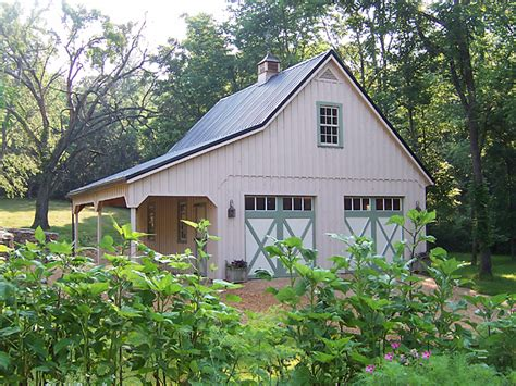 garages that look like barns barn style car garage