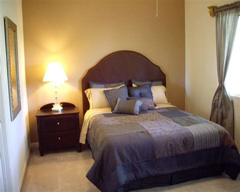 images of small bedroom designs furniture ideas for small bedroom bedroom wall decorating