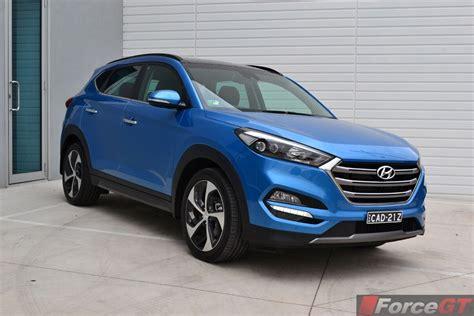 Hyundai Reviews 2015 by Hyundai Tucson Review 2015 Hyundai Tucson