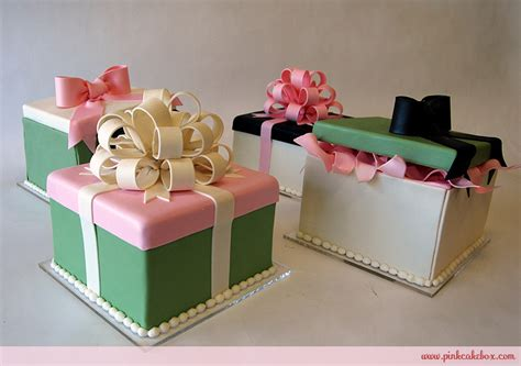 gift box centerpiece ideas all wedding cakes custom created for your special day