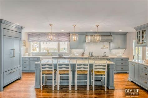 a cape cod kitchen