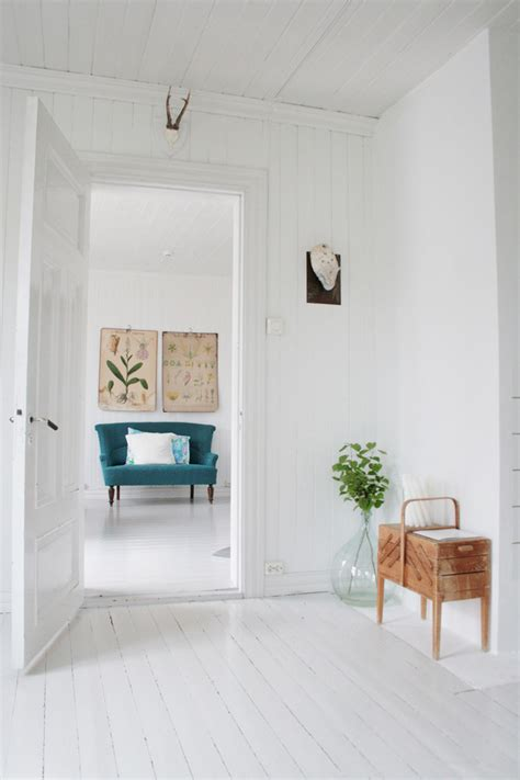 best way to clean white woodwork dazzling best way to clean hardwood floors look other