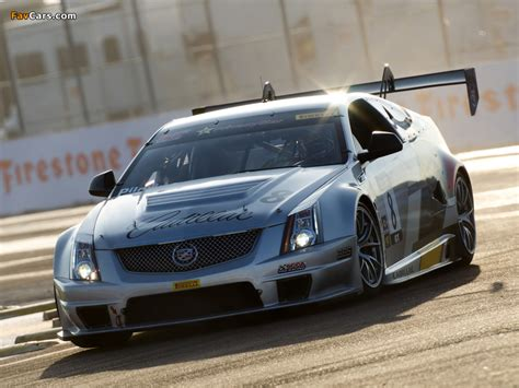 Car Wallpaper 800x600 by Cadillac Cts V Coupe Race Car 2011 Wallpapers 800x600