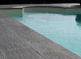 margelle de piscine en b 233 ton reconstitu 233 e ciment