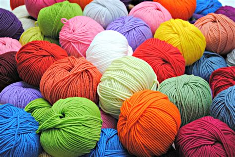 how to yarn in knitting inside the yellow house yarn obsession