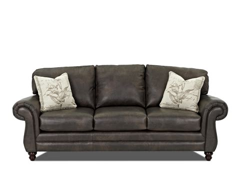 klaussner leather sofas klaussner valiant leather sofa with accent pillows