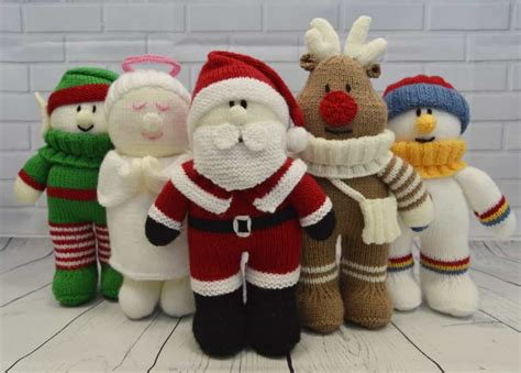 knitting store santa festive friends collection of 5 knitting patterns