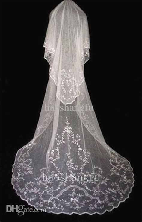beaded cathedral veil beaded cathedral wedding veil ohhh that dress veils