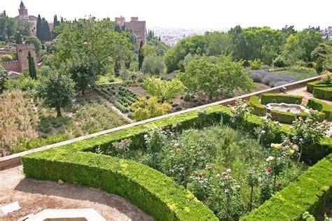 jardines del generalife jardines altos y bajos del generalife alhambra de granada