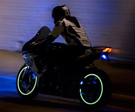 motorcycle lights lunasee motorcycle wheel lights dudeiwantthat