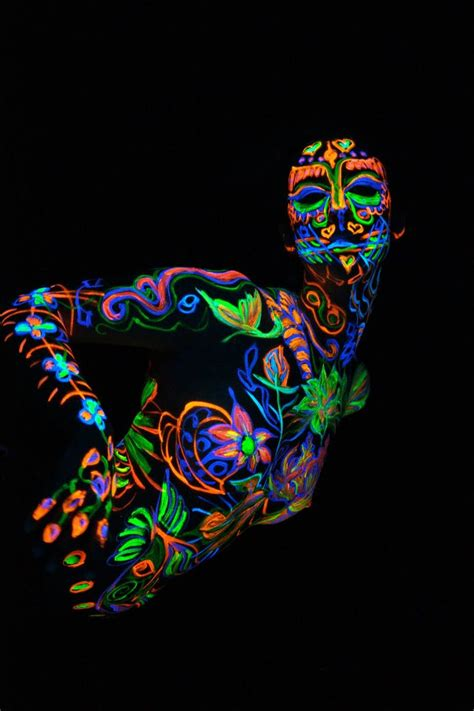 glow in the paint blacklight the world s catalog of ideas