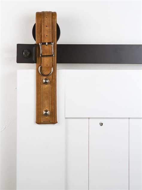 barn door hardwear this on