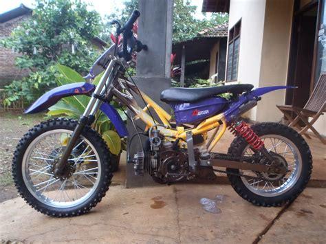 Modifikasi Motor Trail by Modifikasi Motor Yamaha F1zr Jadi Trail