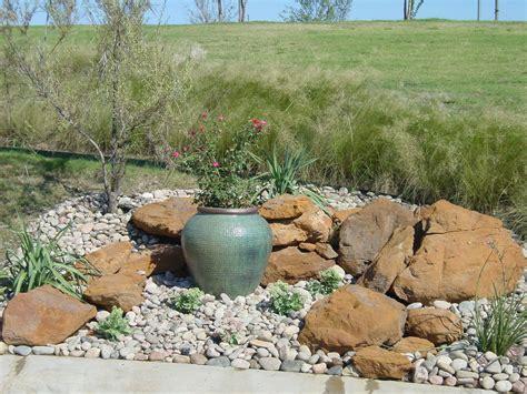 medium garden ideas triyae rock landscaping ideas for backyard various