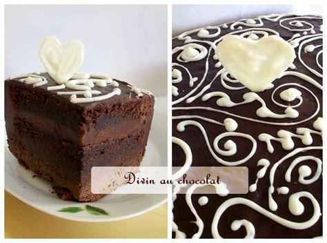 decorer un gateau au chocolat