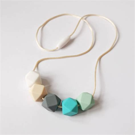 how to make teething jewelry hexagon teething necklace by blossom and