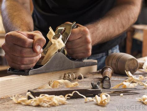 production woodworker what types of woods are for carving with pictures