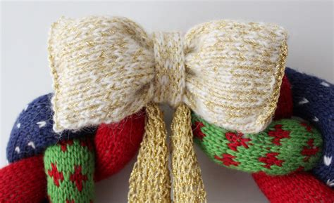Crochet Decorations by Knitted Christmas Wreath Knit Amp Crochet Christmas