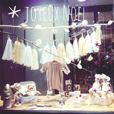 10 best ideas about deco vitrine noel on vitrine noel vitrines magasin no 235 l and vetrine