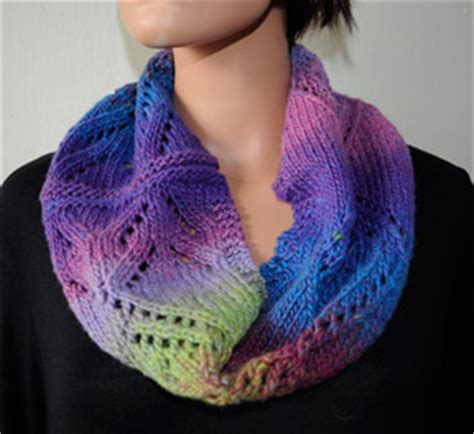 free cowl knitting patterns with bulky yarn scarf knitting patterns with bulky yarn knitting pattern