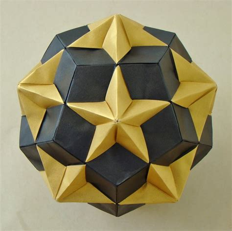 origami dodecahedron compound of dodecahedron and great dodecahedron by