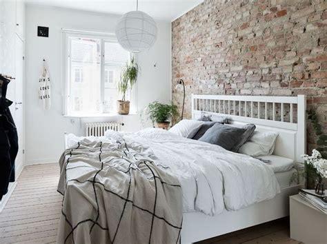exposed brick bedroom best 20 exposed brick bedroom ideas on brick