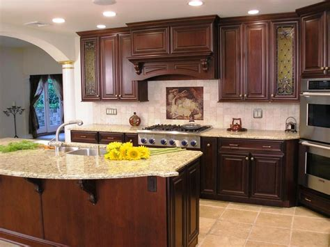 kitchen cabinets from lowes kitchen cabinets in lowes lowes cabinets for kitchens