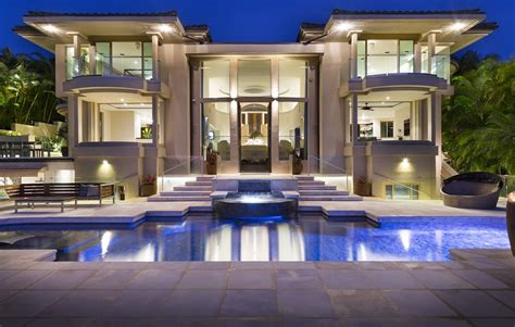 Spa Bedrooms 7 8 million contemporary mansion in honolulu hawaii
