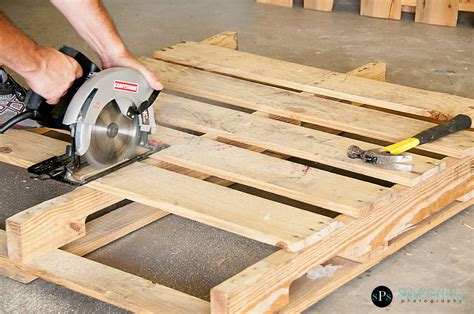 woodworking projects pallet wood projects employ an experienced carpenter