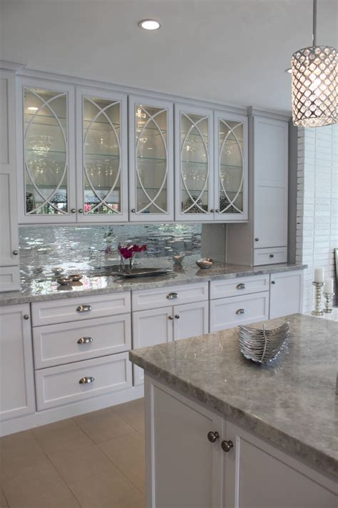kitchen mirror backsplash mirrored tiles backsplash kitchen white