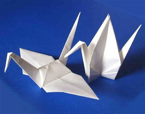 how big is origami paper 25 large origami cranes origami paper cranes paper crane