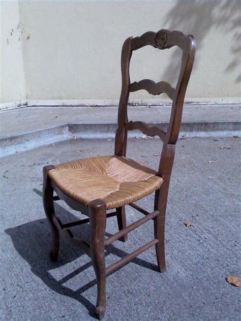 chaise bois paille ancienne table de lit