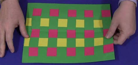 to do with construction paper how to do construction paper weaving with your 171