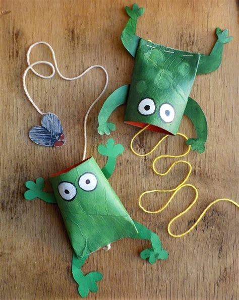 frog craft project ten great frog crafts crafts