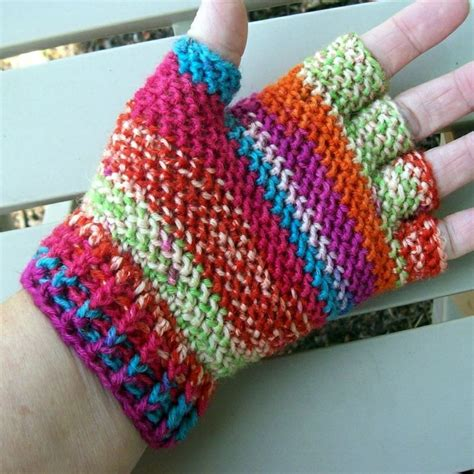 how to knit gloves with fingers for beginners gloves crochet gloves and crochet patterns on