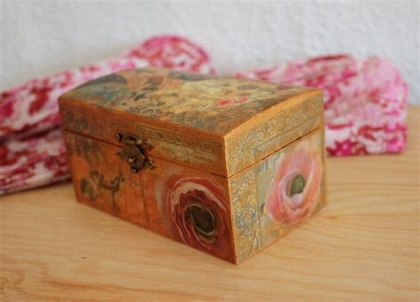 boxes for decoupage decoupage wooden boxes get crafty