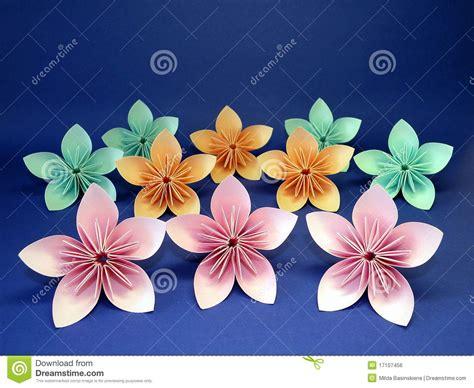 flores de origami flores de origami imagem de stock royalty free imagem