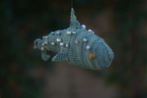 how to knit a fish knitted fish things with beautiful yarn