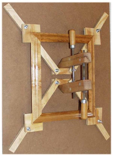 woodworking plans picture frames 25 best ideas about woodworking jigs on