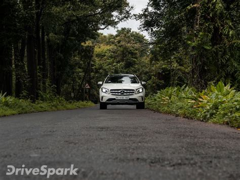 Mercedes Target Market by Mercedes India To Target Small Cities And Towns For