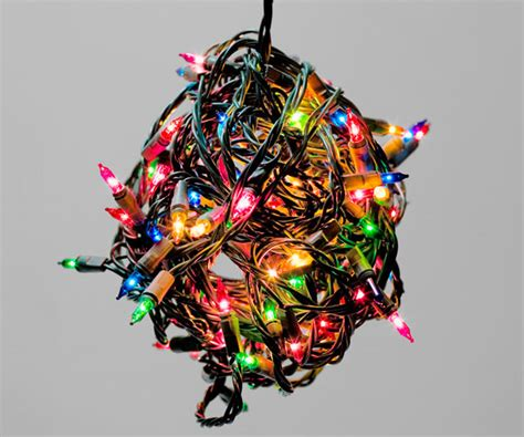 how do you put lights on a tree how to hang outdoor lights tips for putting up