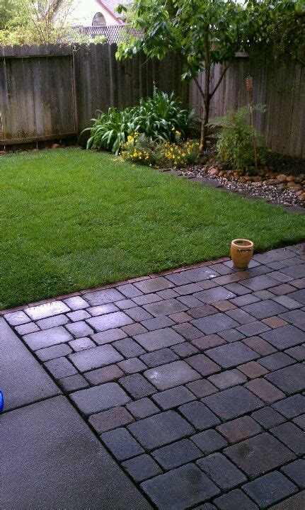 patio designs for small backyard 25 best ideas about small backyards on small