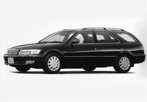 Qualis Car Wallpaper by Toyota Ii Qualis V20w 1997 2002 Photos