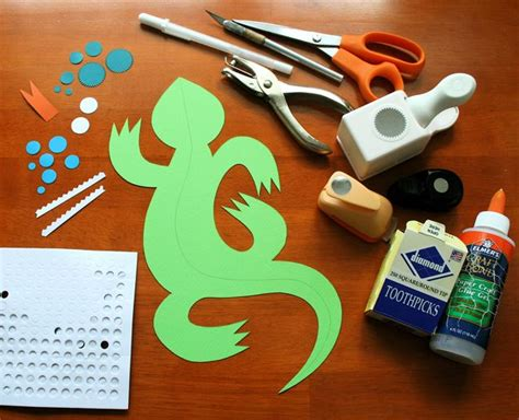 how to make a lizard out of mmmcrafts make 3d lizard gift tags