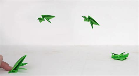 how do you make a origami frog origami jumping frogs easy folding it s