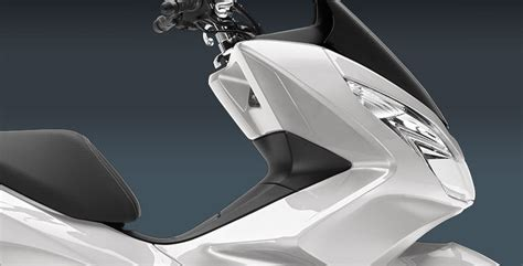 Pcx 2018 Specs by 2018 Honda Pcx150 Scooter Ride Review Specs Mpg