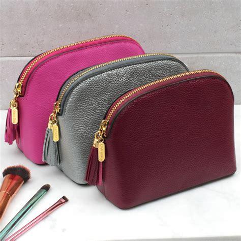 makeup bag personalised leather makeup bag hurleyburley