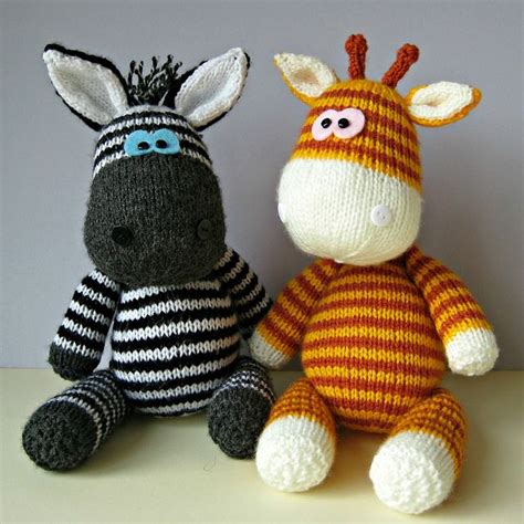 knitting toys 25 best ideas about knitted toys patterns on