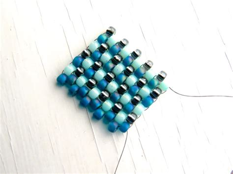 how to do peyote stitch beading peyote stitch beading a tutorial for getting started
