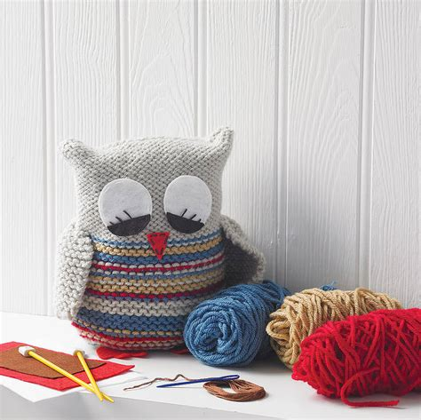 knitted kits knit your own owl by yarn needles and thread